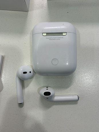 Беспроводные наушники Apple AirPods  1-поколение