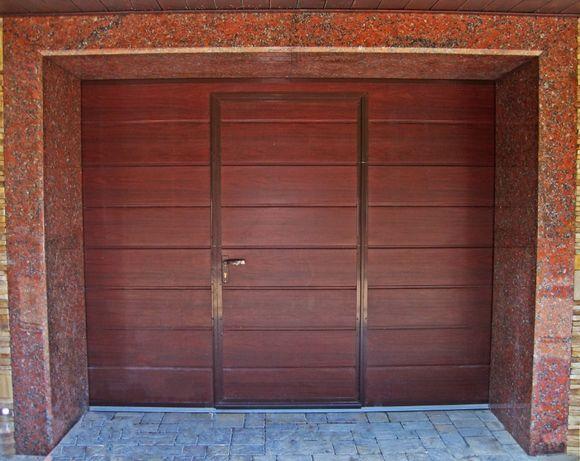 Новые гаражные ворота. Секционные ворота Николаев.