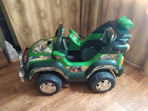 Детская машина электромобиль