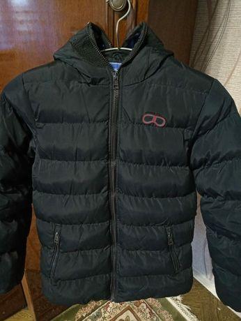 Продам зимний теплый пуховик для мальчика 1500 рублей