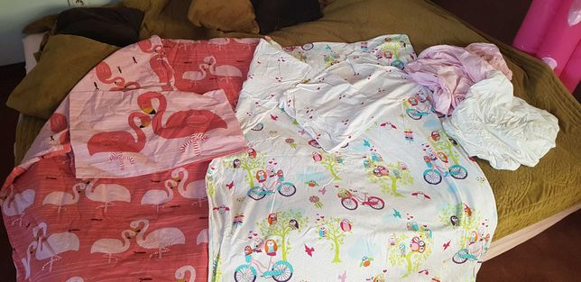Kołdra dziecięca 3x, poduszka 2x i pościel dla dziewczynki 2x