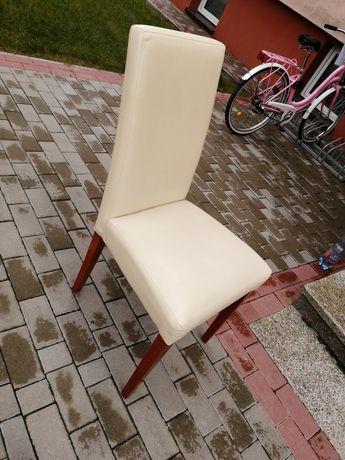 Sprzedam rozkładaną ławę i 4 krzesła z Ikea