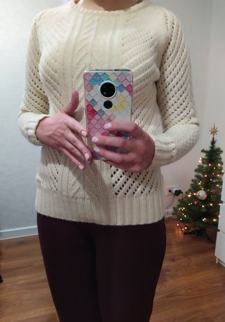 Очень теплый свитер с высоким содержанием шерсти