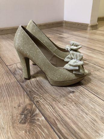Туфли / туфлі