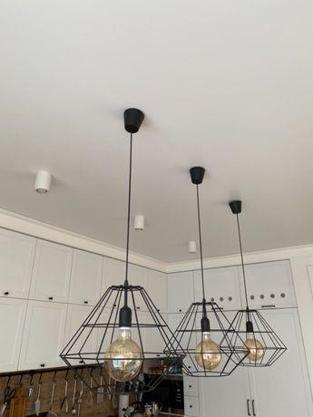 Продам три світильники з лампочками