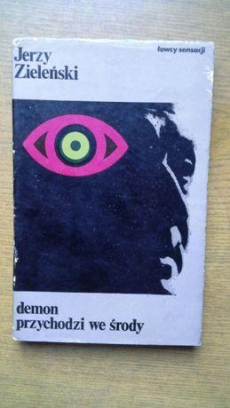 Demon przychodzi we środy - Jerzy Zieleński