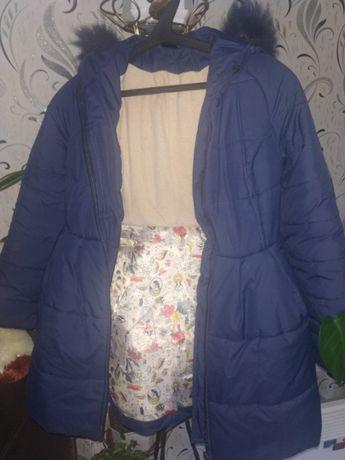 куртки. пальто на девочку и шуба на взрослую.