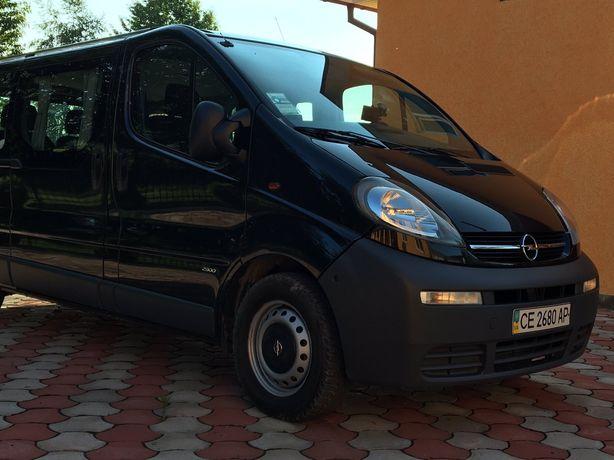 Opel Vivaro груз.-пасс.
