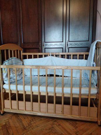 Детская кроватка Наталка с матрасом, ящиком, защитой
