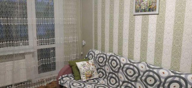 Продам просторную 2х комнатную квартиру с ремонтом на пр.Петровского