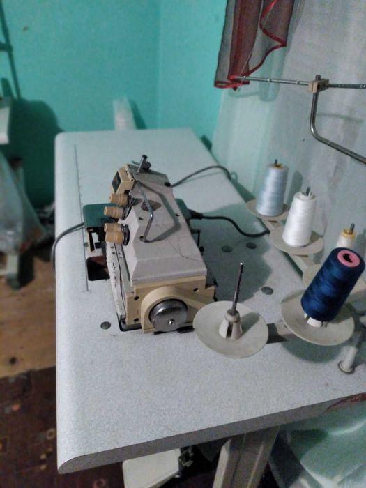 Ппродам срочно промишлений оверлок Черновцы - изображение 1
