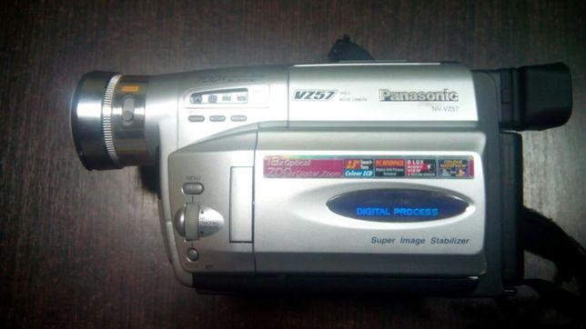 Видеокамера Panasonic NV-VZ57