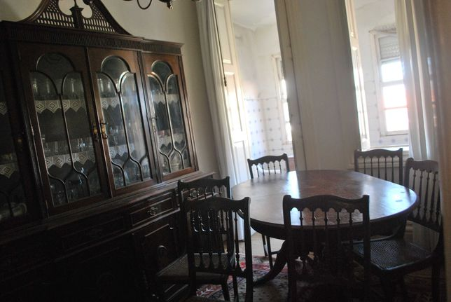 Sala Completa (Móvel, Mesa, Cadeiras)