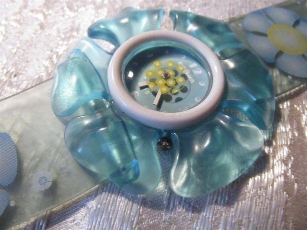 Детские часы в виде цветка мальвы, кварцевые, новые