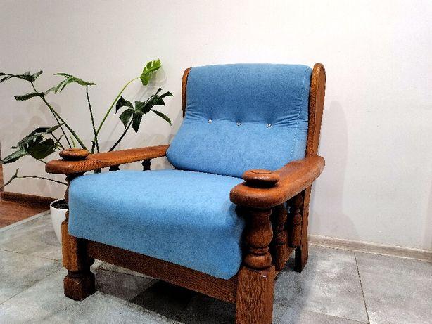 Fotel odrestaurowany bardzo solidny i wygodny.