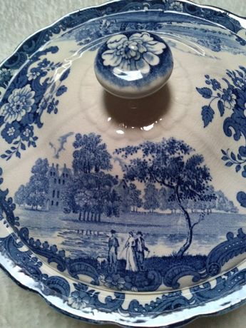 Porcelana Angielska duża misa z przykrywą