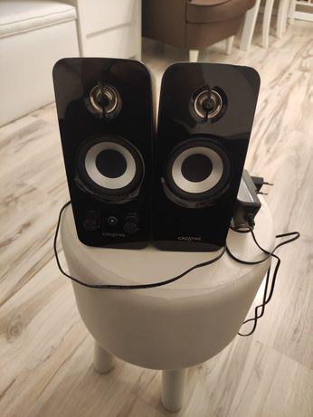 Czarne głośniki CREATIVE