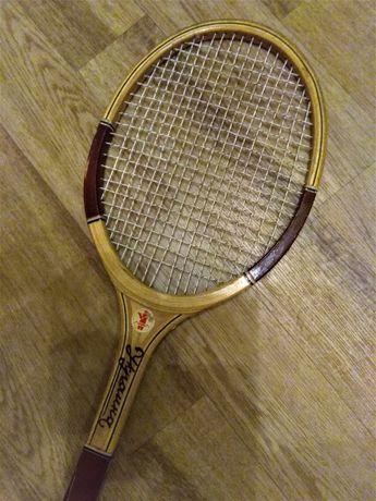 Ракетка для большого тенниса. 500 руб.