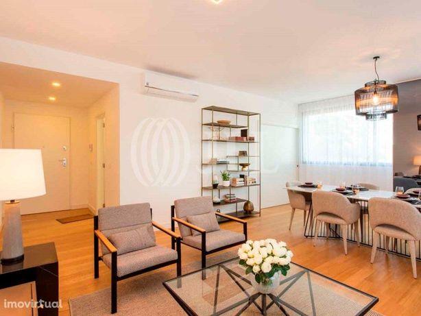 Apartamento T3 com terraço, Lux Garden