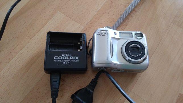 Aparat Nikon Coolpix 3100 z ładowarką
