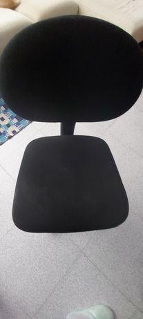 Cadeira de criança, de  secretária. Como nova