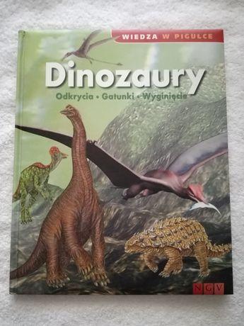 Książka encyklopedia Dinozaury Wiedza w pigułce twarda okładka