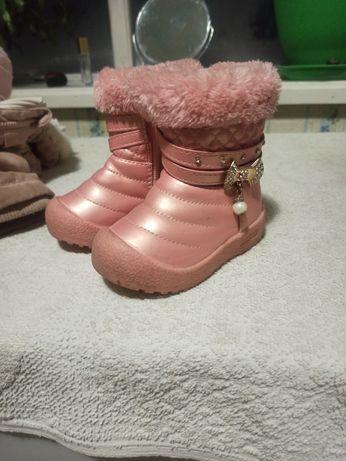 Продам ботиночки зимние 21 размер