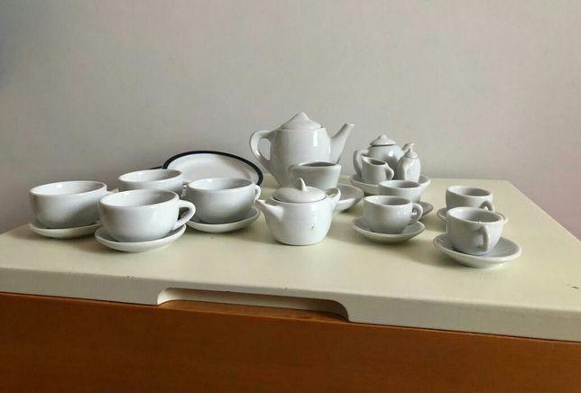 Serviço de chá em porcelana para criança
