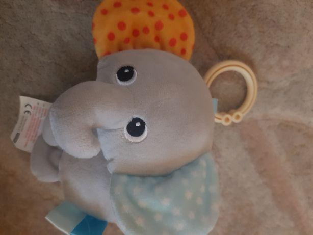 Zawieszka do wózka słonik z grzechotką