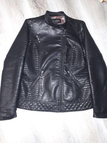 Куртка косуха новая р.46-48