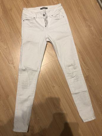 Jeansy białe rozm.36
