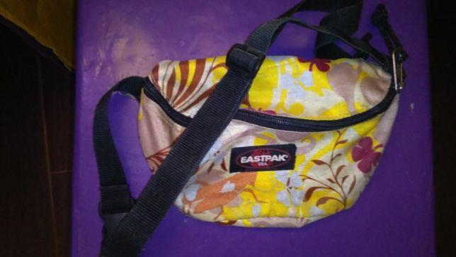 EASTPAK Springer Bag