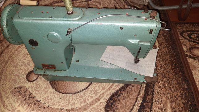 Швейная машинка для кожаных изделий