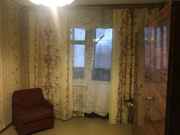 Комната в 3-х комнатной кв