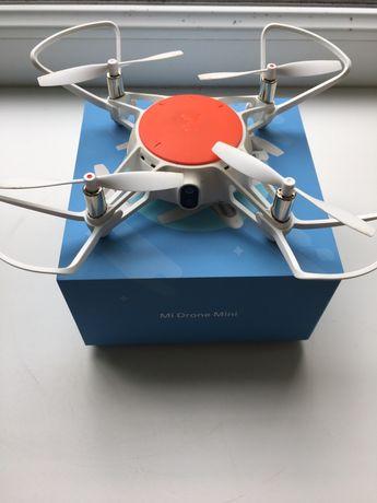 Квадрокоптер Mi Drone Mini