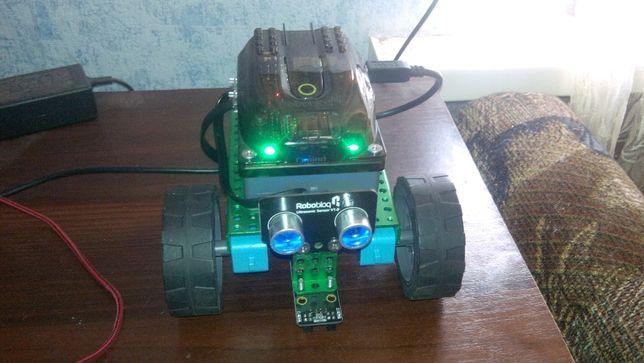 Робот на Ардуино Robobloq Q-Scout