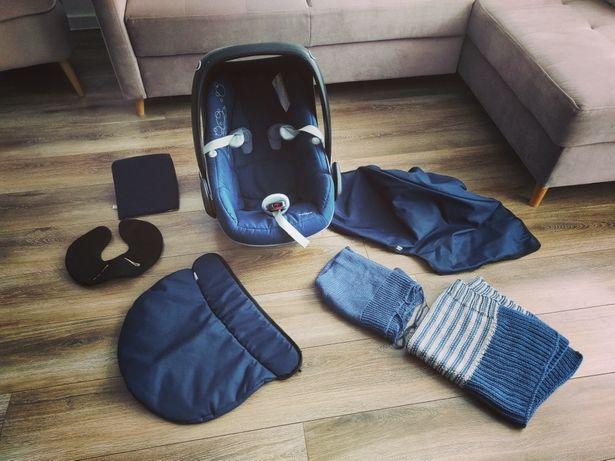 Maxi Cosi Pebble Nosidełko fotelik samochodowy + dodatki
