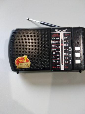 Радиоприемник с юсб, выходом на наушники и аккумулятором 18650.