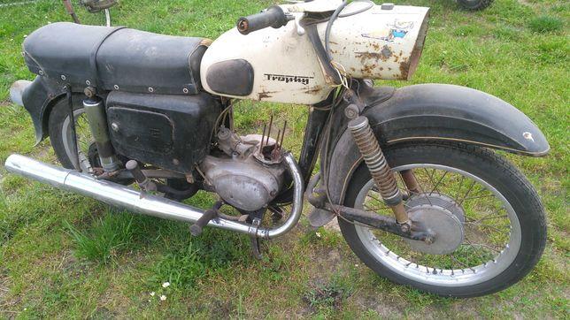 Motocykl zabytkowy MZ ES150 Trophy