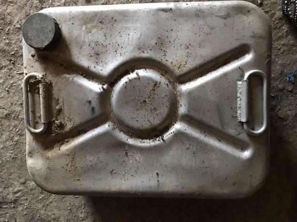 Алюминиевая канистра