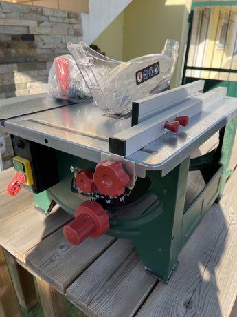 Maquina de corte Parkside para madeira