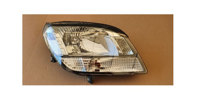Chevrolet Orlando lampa prawa Europa demontaż oryginał
