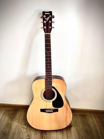 Gitara akustyczna Yamaha f310 + pokrowiec, struny, pas