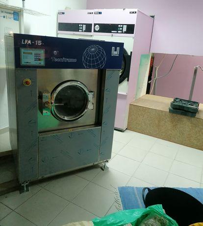 Aluguer Máquina de lavar roupa industrial com desinfecção Covid-19