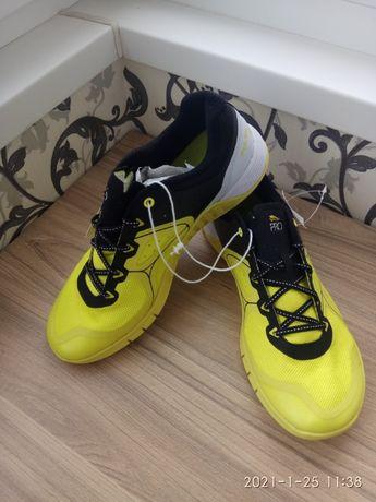 Продам кросівки Crivit PRO 44 розміру