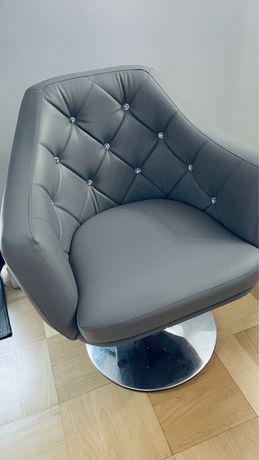 Fotel obrotowy pikowany