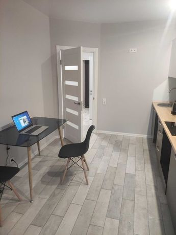 Продам 2-х комнатную с ремонтом в Ирпене