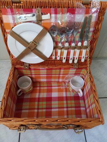 Kosz piknikowy wiklinowy Heinz-nowy