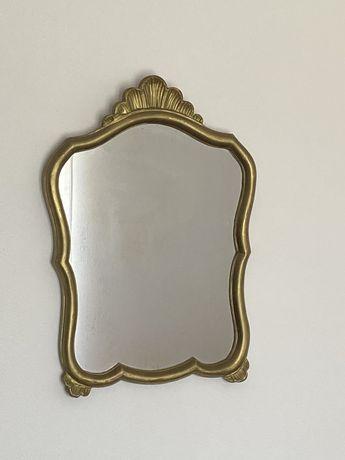 Espelho antigo em Madeira