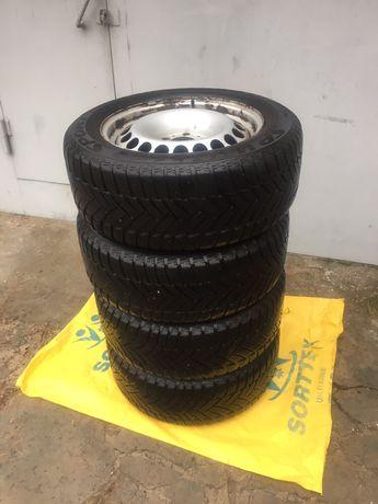 Продам железные диски,зимнюю резину Dunlop R16 225/55/16